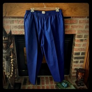 Koret brand navy blue straight leg pants size 22